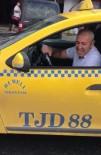 (Özel) Esenler Otogarı'nda Bayram Dönüşü 'Taksi' Çilesi