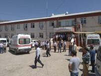Sason'da Otomobil Şarampole Yuvarlandı Açıklaması 2 Ölü, 3 Yaralı