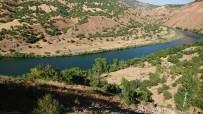 Serinlemek İçin Girdiği Nehirde Hayatını Kaybetti