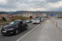 DENIZ PIŞKIN - Tosya'da Trafik Tedbirleri Artırıldı