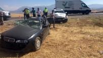 Kahramanmaraş'ta İki Otomobil Çarpıştı Açıklaması 3 Yaralı