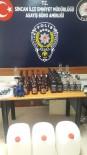 İÇKİ ŞİŞESİ - Kuaförde 36 Şişe Kaçak Alkol Ele Geçirildi