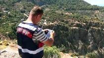 KELEBEKLER VADİSİ - Muğla'da Kayalıklardan Düşen Turist Öldü