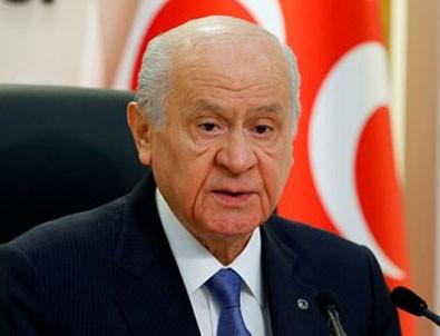 MHP lideri Bahçeli'den HDP'li belediye başkanlarının görevden alınmasıyla ilgili açıklama