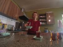 ARGO - Eşine İnat Kahvenehaneyi Tek Başına İşletip Patron Oldu