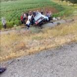 ERKENEK - Tekeri Patlayan Otomobil Takla Attı Açıklaması 2 Ağır Yaralı