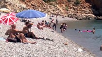 PROFESYONEL OTEL YÖNETICILERI DERNEĞI - Turizmcilerden 'Tatil Dolandırıcıları' Uyarısı