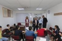 BAĞLAMA - Başkan Büyükkılıç, Büyükşehir Belediyesi Konservatuvarı'nı Ziyaret Ederek Öğrencilerle Görüştü