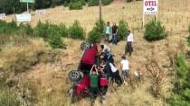 Uşak'ta Otomobil Şarampole Devrildi Açıklaması 1'İ Ağır 2 Yaralı