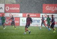 NEVZAT DEMİR - Beşiktaş Yağmur Altında Çalıştı
