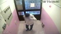 Gaziosmanpaşa'da Bir Evi Soyan Hırsız, Önce Güvenlik Kameralarına, Sonra Polise Yakalandı