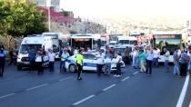 ÖZEL HAREKAT POLİSLERİ - Şanlıurfa'da Patlayıcı Bulunan Paket İmha Edildi