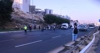 ÖZEL HAREKAT POLİSLERİ - Şanlıurfa'da Patlayıcı Madde Fünye İle Patlatıldı