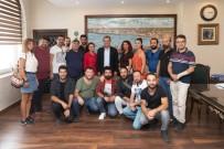DÜNYA GÖRÜŞÜ - Başkan Seçer Açıklaması 'Mersin'de Tiyatro Konuşulacak'