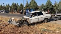 Otomobil İle Minibüs Çarpıştı Açıklaması 12 Yaralı