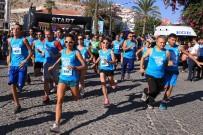 YÜZME YARIŞI - Çeşme'de Spor Festivali Heyecanı