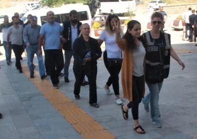 Elazığ'da PKK/KCK operasyonu, HDP'nin il eş  başkanı tutuklandı!