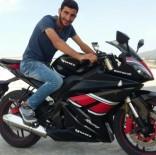 İzmir'de Motosiklet İle Kamyonet Çarpıştı Açıklaması 1 Ölü, 1 Yaralı
