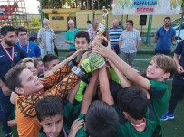 Miniklerde Şampiyon Kocaelispor