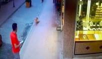 4. Kattan Düşen Suriyeli Bebek Gözyaşları Arasında Toprağa Verildi