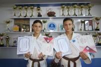 Bu İkizler Hem Judoda, Hem Okulda Şampiyon