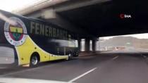 Fenerbahçe Takım Otobüsü Stada Ulaştı