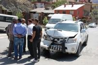 Hakkari'de Trafik Kazası Açıklaması 1 Kişi Yaralandı