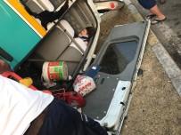 İzmir'de Feci Kaza Açıklaması 1 Ölü, 8 Yaralı