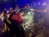 Seydikemer'de İki Otomobil Kafa Kafaya Çarpıştı Açıklaması 9 Yaralı