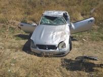 LÜKS OTOMOBİL - Ankara'da Lüks Otomobil Takla Attı Açıklaması 1 Yaralı