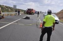 Motosiklet Bariyerlere Çarptı, Sürücü Hayatını Kaybetti