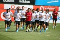 NEVZAT DEMİR - Beşiktaş Hazırlıklarına Kaldığı Yerden Devam Etti
