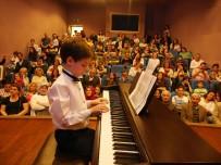 Büyükçekmece'de Halk Akademisi Sahne Sanatları Kursları Başlıyor