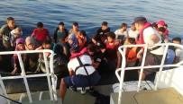 KAÇAK GEÇİŞ - İzmir'de 41 Kaçak Göçmen Yakalandı