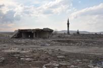 Kars'ta Baraj Suyu Çekildi, Köy Gün Yüzüne Çıktı