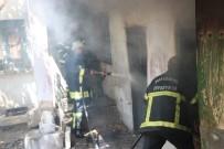 Metruk Evdeki Yangın Korkuttu