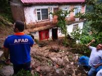 Trabzon'da Heyelanda Evde Mahsur Kalan 3 Kişi Kurtarıldı