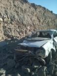 Ekiplerin 'Dur' İhtarına Uymayan Sürücü Dinamit Patlaması Sonucu Yaralandı