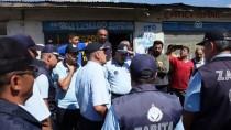 İş Yerleri Mühürlenmek İstenen Esnaftan Belediyeye Tepki