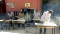 Siirt'te Öğretmenler Hem Boyacı Hem Mobilyacı Oldu