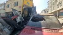 Sultangazi'de Oto Tamircisinde Yangın Çıktı, 2 Araç Kül Oldu