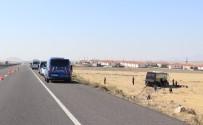 Aksaray'da Göçmenleri Taşıyan Otobüs Yoldan Çıktı Açıklaması 5 Yaralı