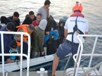 Ayvalık'ta 22 Göçmen Sahil Güvenlik Ekiplerine Yakalandı