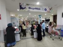 Beykoz'da Sosyal Market İle İhtiyaç Sahiplerinin Yüzü Gülüyor