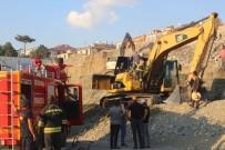 Erzincan'da İş Makinesinde Yangın