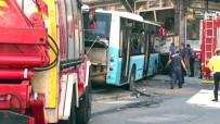 Gaziosmanpaşa'da Halk Otobüsü Kazası Saniye Saniye Kamerada