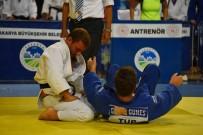 Osmangazili Judocular Tatamide Nefes Kesti