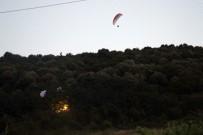 PARAŞÜTÇÜ - Paraşütçüler Ağaçlık Alana Düştü