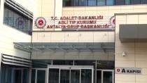 Antalya'da Trafik Kazasında Anne İle Oğlu Öldü