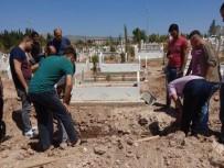 Cesedi Bulunan Kayıp Gencin Cenazesi Toprağa Verildi